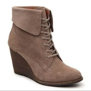 LUCKY BRAND Yuzu Taupe Wedge Ankle Boots Sz 9